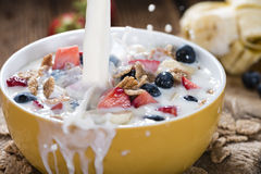 Cornflakes with fresh Fruits and Milk Royalty Free Stock Photos