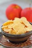 Cornflakes och äpplen Arkivfoton