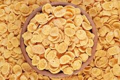 Cornflakes w drewnianym pucharze Fotografia Royalty Free