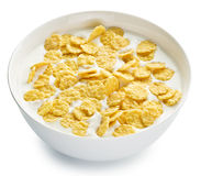 Cornflakes w pucharze na białym tle zdjęcie royalty free