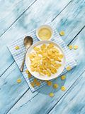 Cornflakes zboże i mleko zdjęcia royalty free