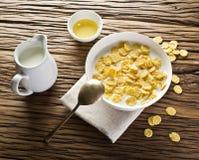 Cornflakes zboże i mleko zdjęcie royalty free