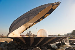 corniche μαργαριτάρι ορόσημων doha Στοκ εικόνες με δικαίωμα ελεύθερης χρήσης