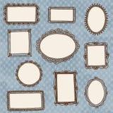 Cornici disegnate a mano di scarabocchio sulla carta da parati Immagini Stock