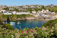Cornisk kust- by av port Isaac Cornwall England UK Royaltyfri Foto