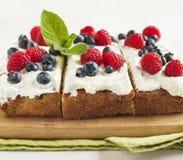 Cornmeal-berry sheet cake Royalty Free Stock Images