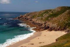 Cornualha - praia abandonada fotos de stock