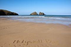 Cornualles, playa de la bahía de Holywell imagen de archivo