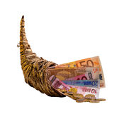 Cornucópia com o dinheiro - isolado no branco fotos de stock