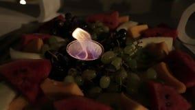 A cornucópia e as velas, ajuste bonito da tabela da queda da ação de graças, zorra revelam video estoque