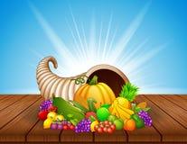 Cornucopia del otoño con las verduras y las frutas en la tabla de madera Fotos de archivo libres de regalías
