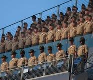 Coro de Marine Corps do Estados Unidos (USMC) no parque de Petco Foto de Stock