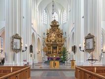 Coro e altar da igreja de St Peter em Malmo, Suécia imagem de stock