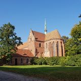 Coro e torretta alla precedente abbazia Chorin in Germania Immagine Stock