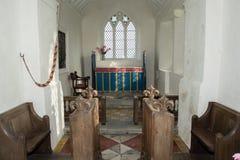 Coro ed altare della chiesa di vergine Maria benedetto a Somerset Fotografia Stock