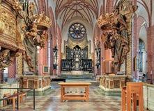 Coro ed altare di Storkyrkan (la grande chiesa) a Stoccolma, Svezia Immagini Stock