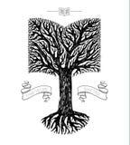 Coroa da árvore na forma do livro Foto de Stock