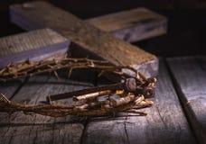 Coroa de espinhos e de pregos imagem de stock
