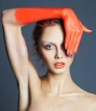 Corolful pportrait piękna kobieta z sztuką kreatywnie uzupełniał Zdjęcie Royalty Free