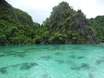 Coron, Palawan, Filippine Luppolizzazione di isola fotografie stock