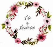 Corona con i fiori astratti dell'acquerello del rosa e delle foglie verdi illustrazione vettoriale