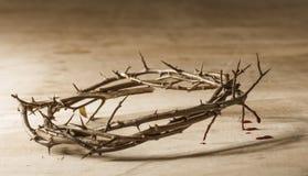 Corona de espinas con el goteo de la sangre Imágenes de archivo libres de regalías