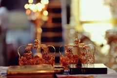 Corona de la boda de la iglesia Fotos de archivo