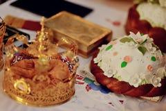 Corona de la boda de la iglesia Foto de archivo
