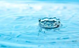 Corona de la gota del agua Imagen de archivo libre de regalías