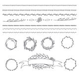 Corona, divisori del testo e confini antichi con le foglie dell'alloro, Immagini Stock