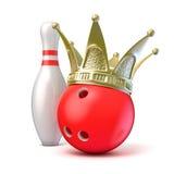 Corona dorata su palla da bowling e sul perno 3d rendono Immagine Stock