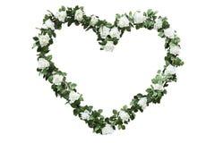 Corona fresca di nozze delle rose bianche con le foglie verdi Fotografia Stock