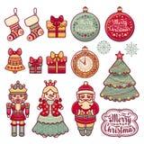 Corona variopinta di Natale con i giocattoli di Natale Fotografie Stock Libere da Diritti