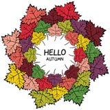 Corona variopinta disegnata a mano delle foglie di autunno Immagini Stock