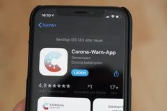Free Corona-Warn-App On IPhone Royalty Free Stock Photo - 187260525