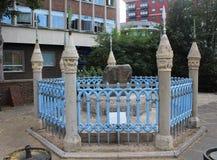 Coronation Stone, Κίνγκστον επάνω στον Τάμεση, Αγγλία, Ηνωμένο Βασίλειο Στοκ Εικόνα