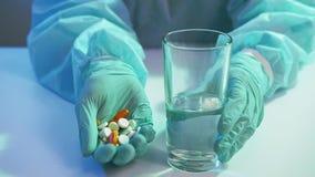 Coronavirus disease antibiotic therapy nurse drugs