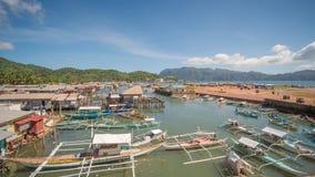 Coronbaai met en pijler Het Overzees van Sulu PALAWAN filippijnen Busuangaeiland stock video