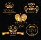 Corone d'annata dell'oro con gli elementi di progettazione floreale Immagini Stock