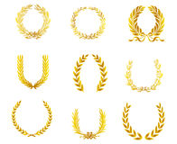 Corone dell'alloro dell'oro royalty illustrazione gratis