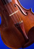 Corpo Bk isolato primo piano del violino Fotografia Stock Libera da Diritti