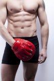 Corpo do homem do músculo na ginástica Imagens de Stock Royalty Free