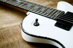 Corpo e fretboard della chitarra elettrica moderna immagine stock libera da diritti