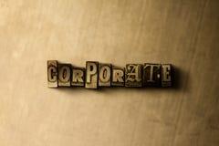 CORPORATIVO - il primo piano dell'annata grungy ha composto la parola sul contesto del metallo fotografia stock