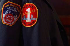 Corps de sapeurs-pompiers des insignes de New York Images libres de droits