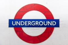 Corra abajo de logotipo del tubo Fotografía de archivo