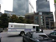 Correção, ônibus do departamento de correção, Columbus Circle, NYC, NY, EUA Imagem de Stock