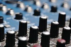 Correcte Console Audiomixer Stock Afbeelding