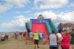 Corrediça do divertimento das crianças e inclinações de Tankerton Fotos de Stock Royalty Free