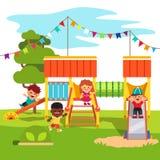 Corrediça do campo de jogos do parque do jardim de infância com crianças Imagem de Stock Royalty Free